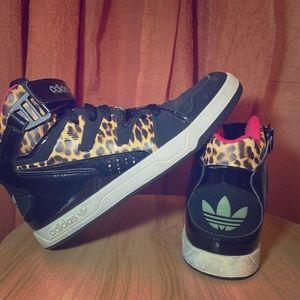 Adidas Leopard Print